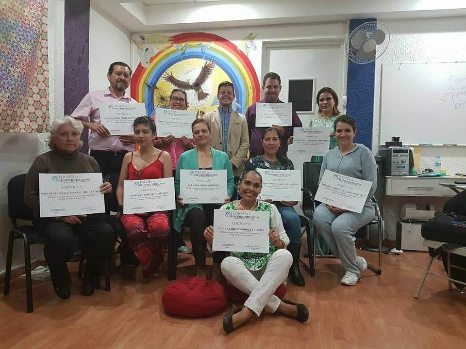 reestructuración celular equipo directorio colombia mexico peru latinoamérica (2)